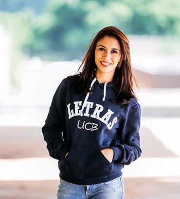 Moletom universitário personalizado
